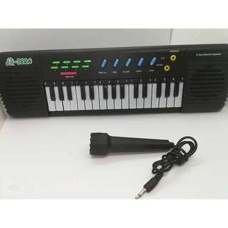 Electronic Keyboard for early learning