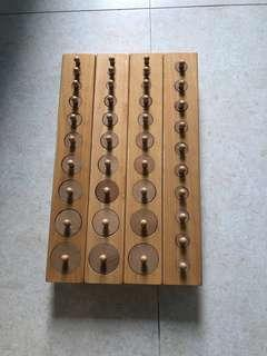 蒙特梭利感官教具-插座圓柱體組