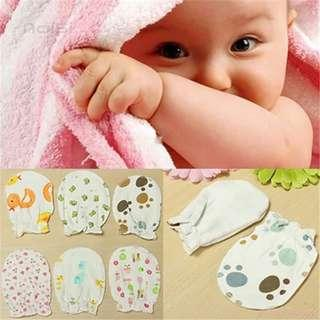 🚚 💕Instock💕BABY MITTENS