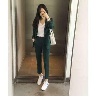 Emerald blazer + pants set.