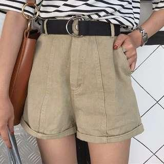 Khaki shorts + belt.