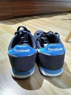 Sepatu Reebok (Royal Flag) Pria