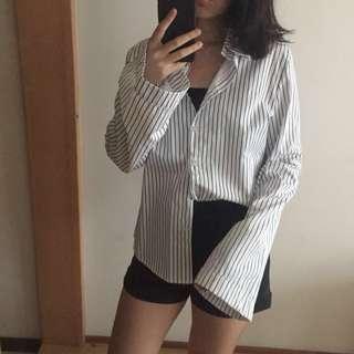 🚚 黑白條紋寬袖襯衫