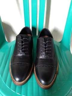 Sepatu kulit asli origininal portee goods