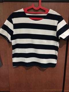 Navy stripe boxy top