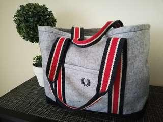 Fred Perry sling shoulder bag (roomy and with base)