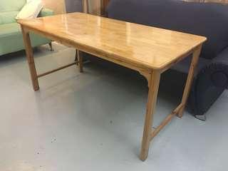 Wooden Table (Slight gloss finish)