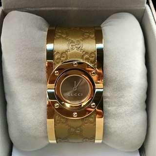 Gucci bangle gold