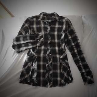 🚚 Peplum Checkered Top