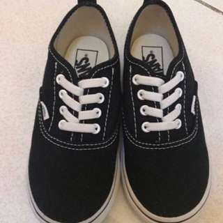 1e7f809d48 100% auth Vans sneakers kids size US 10 bnib srp 1