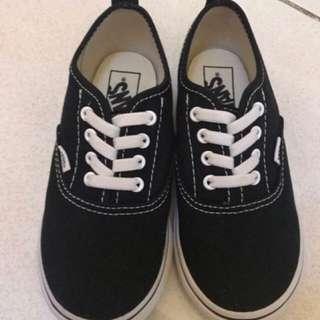 100% auth Vans sneakers kids size US 10 bnib srp 1,5k