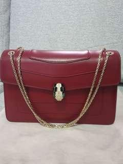 🚚 (SOLD) Bvlgari Serpenti Red handbag with gold chain