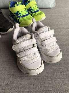 Dr Kong 男仔 休閒鞋 白色 波鞋 Boy white running shoes Size 24碼 EUR24 US8  17cm