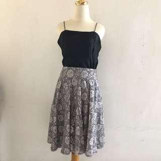 MNG lacey flower skirt