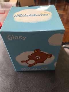 鬆弛熊玻璃杯