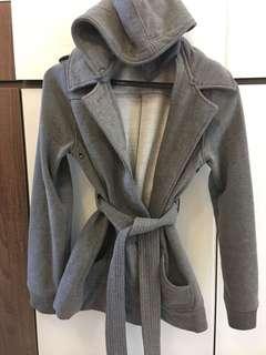 2 items : 女裝外套 , jacket / coat