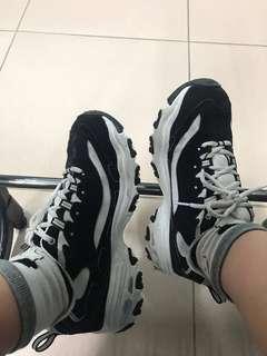🚚 Skechers 鞋子d'lites