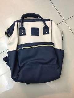 🚚 全新未剪標- 藍配米白色後背包-可放A4跟13吋筆電