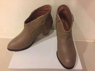 🚚 韓妮 裸靴 杏色 41號