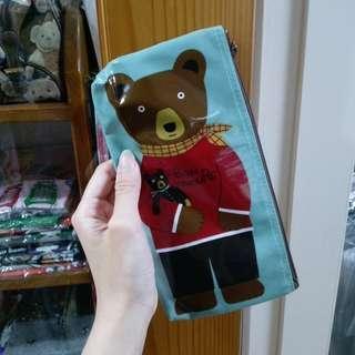 日本帶回🎌 現貨 水藍BON熊防水收納袋(長)