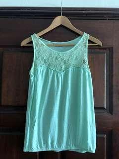 Dorothy Perkins light green top