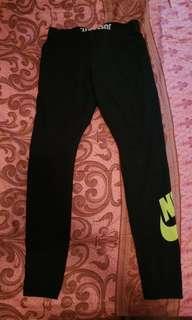 Nike 長貼身褲