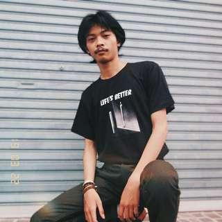 T-Shirt Pria Casual Idiotgoods Life is better