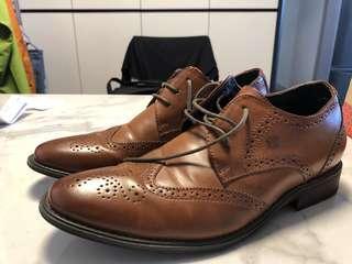 啡色/黑色真皮禮服鞋