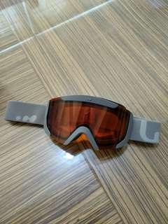 Pre-loved Wed'ze Ski Goggles for boys - 9-10 year olds