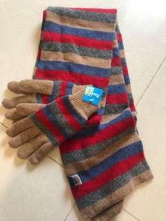 🚚 Bonita 羊毛圍巾手套組