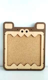 Land of Nod(now Crate and kids) desk buddy board-Bear