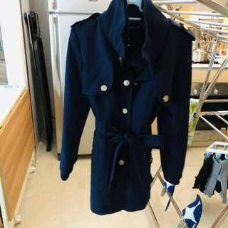 🚚 Sixties Navy Blue coat suitable for autumn wear