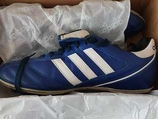 Adidas kaizer 5 soccer Shoes
