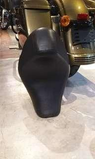Harley Iron 883 seat for sale cheap