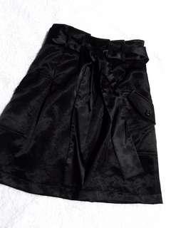 🚚 Black Satin Work Skirt
