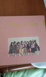 WTS unsealed TWICE Merry & Happy Happy Version