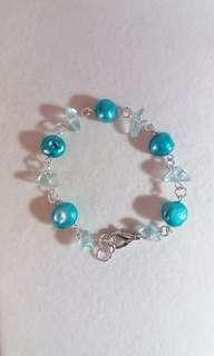 Turquoise color freshwater pearl/turquoise quartz chips bracelet