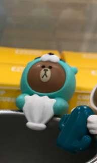 LINE FRIENDS OTTO BROWN Cup Figure杯緣子