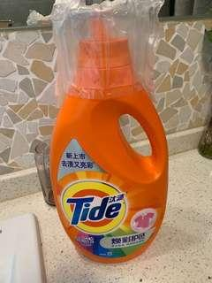Moving Sale :Tide Laundry detergent with 1.9L / Tide 洗衣液1.9L