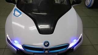 超跑BMW I8 兒童電動車W480QHG原廠授權版 緩啟動雙驅動 高質感皮椅 搖控自駕皆宜 小朋友最愛的禮物 兒童節禮物 生日禮物 electric car ,kid toy