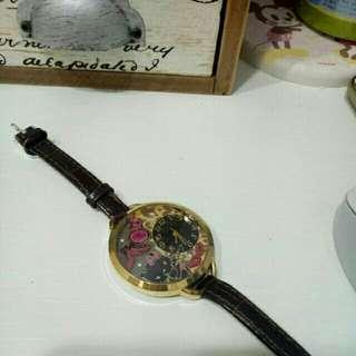 🚚 日本 hello kitty 豹紋手錶