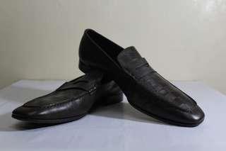 Louis Vuitton monogram shoes