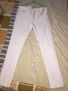 Celana Longpants putih
