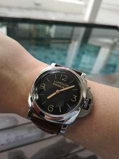 Panerai Luminor PAM372 or PAM00372 1950 3-Days Automatic 47mm Manual winding