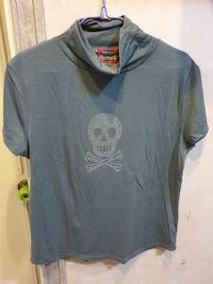 Herbench Turtleneck Gray Top (XL)