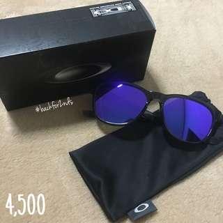 Oakley Shades (Stringer Violet Iridium)