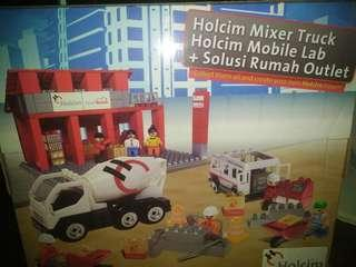 Lego Holcim mixer truck