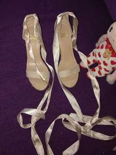Barter/buy Wedges TLTSN size 39