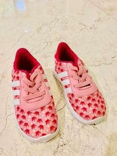 Sepatu anak - Adidas infant shoes pink