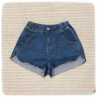 顯腰身翹臀型 經典鬆緊紐扣休閒牛仔褲